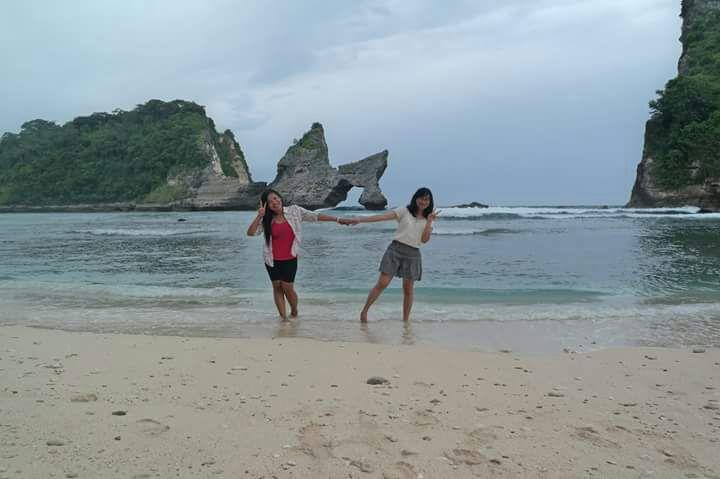 Pantai Atuh-Obyek Wisata Nusa Penida populer